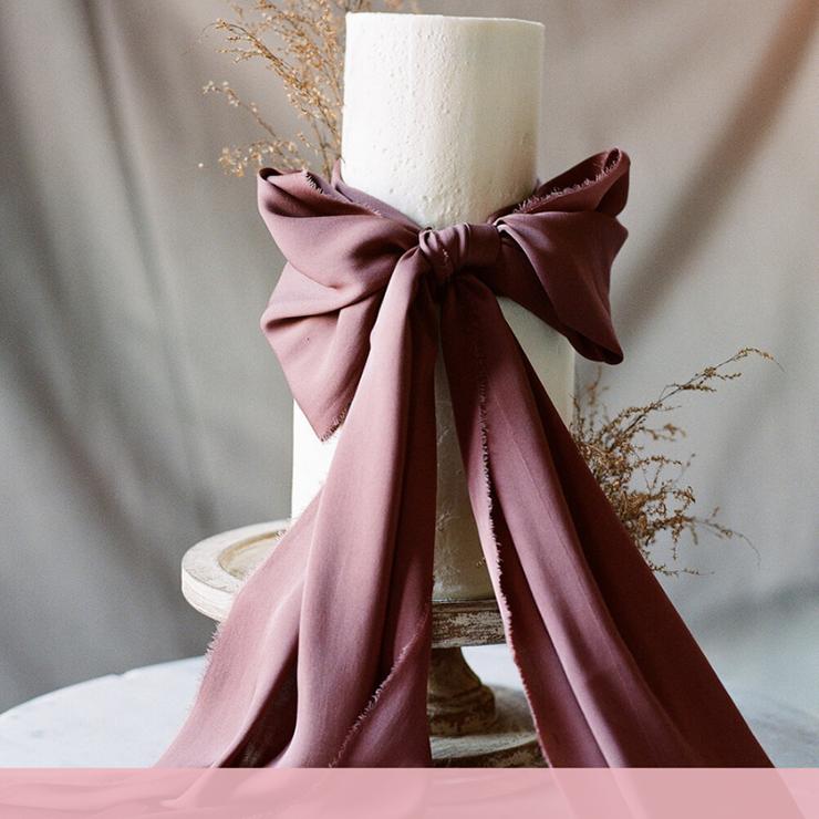 Главное украшение: 20 свадебных тортов с бантами – Oh My Wed Day
